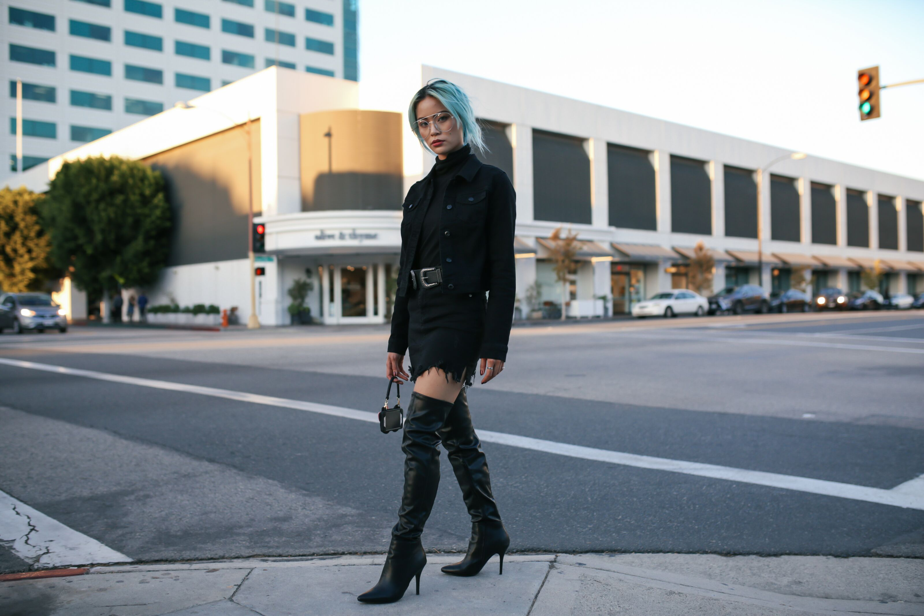 All Black Outfit - Styling Over the Knee Boots with @YukiBomb
